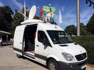 SNG Übertragungswagen für Liveschalten, Punkt-zu-Punkt Verbindungen und Broadcasting