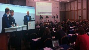 Konferenz Aufzeichnung mit Livebild auf Monitor